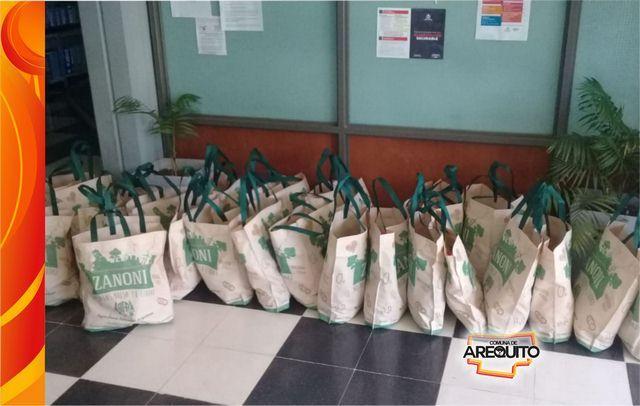 Entrega de ayuda alimentaria – Acción Social